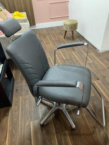 Cadeira de salão/estética Seminova! (Aceito propostas)
