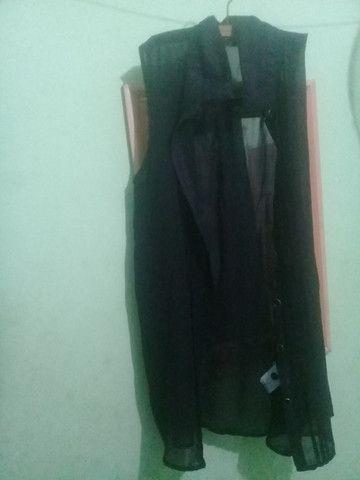 Blusa preta transparente