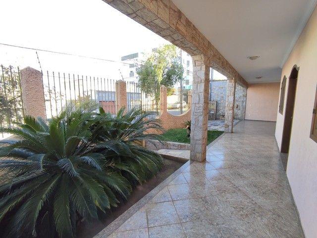 Casa á venda, 04 quartos com suíte, Barreiro/MG - Foto 2