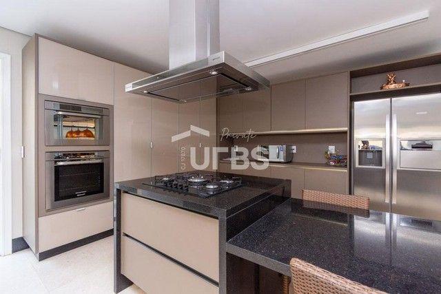 Moderno sobrado de luxo no Alphaville Araguaia, com 442 m² e 4 suítes, com lazer completo - Foto 16
