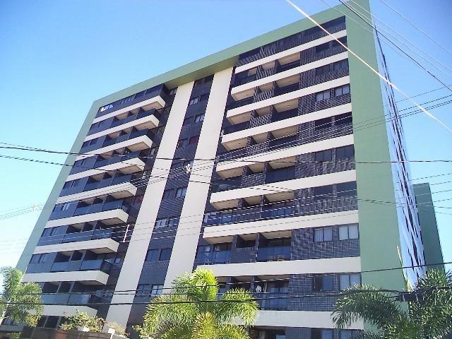 Apartamento padrão luxo em Mangabeiras