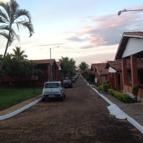Lote condomínio fechado bem localizado e já uma base pronta vale a pena conferir - Foto 3