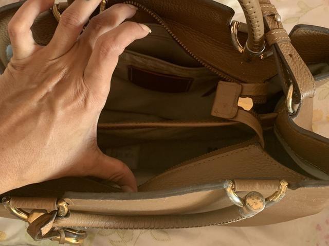 f48b928c7 Bolsa Arezzo! Couro! Ótimo preço! - Bolsas, malas e mochilas ...