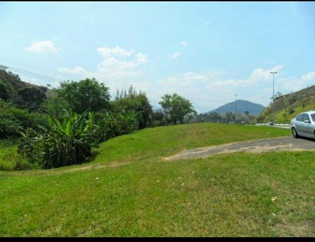 Excelente Propriedade em Guapimirim Estrada Rio Teresópolis 48.000m2 R$ 170 mil - Foto 3