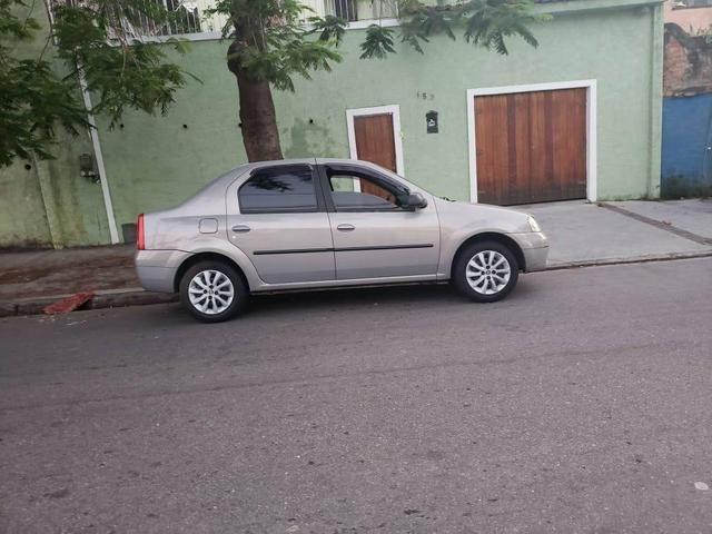 Logan 1.0 Completo C/GNV (NOVO)2010 - Foto 5