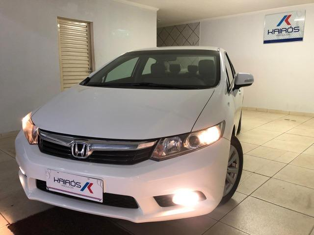 Honda-Civic LXR 2.0 Automático Branco 2014/14 - Foto 2