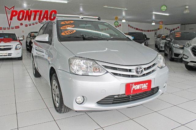 Toyota Etios HB XS 1.5 2015 - Foto 3