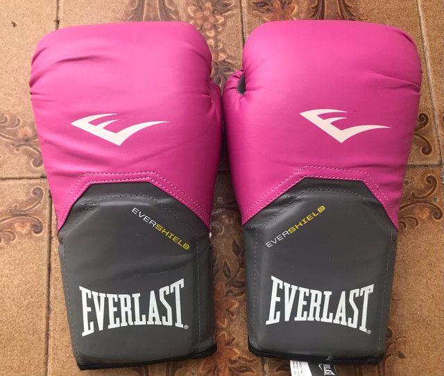 Luva de Boxe Muay Thai Everlast Vollo 12OZ