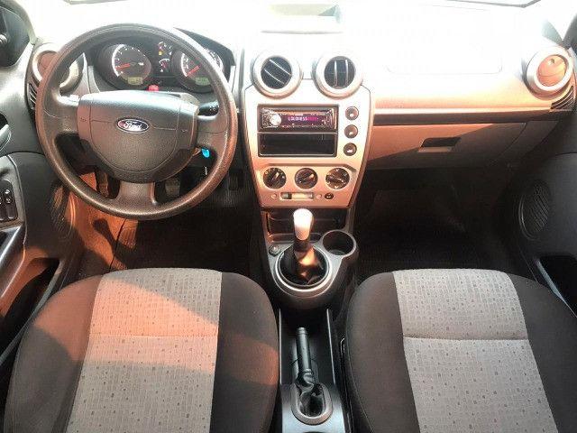 Fiesta sedan 1.6 SE 16 V - Foto 5