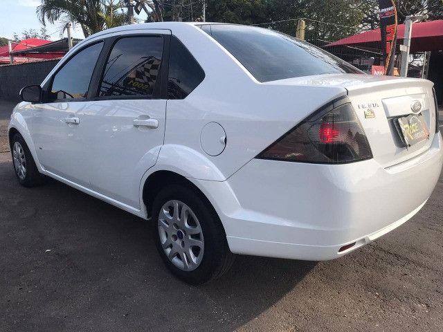 Fiesta sedan 1.6 SE 16 V - Foto 2