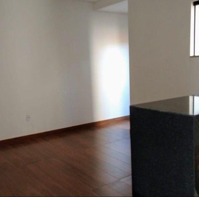 Vende-se ou aluga-se apartamento na cidade de Santos Dumont  - Foto 2
