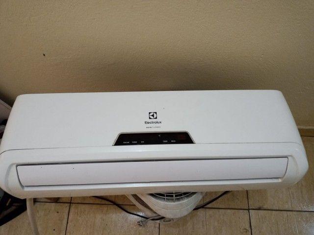 Ar condicionado eletrolux 9000 btus. Com instalação inclusa
