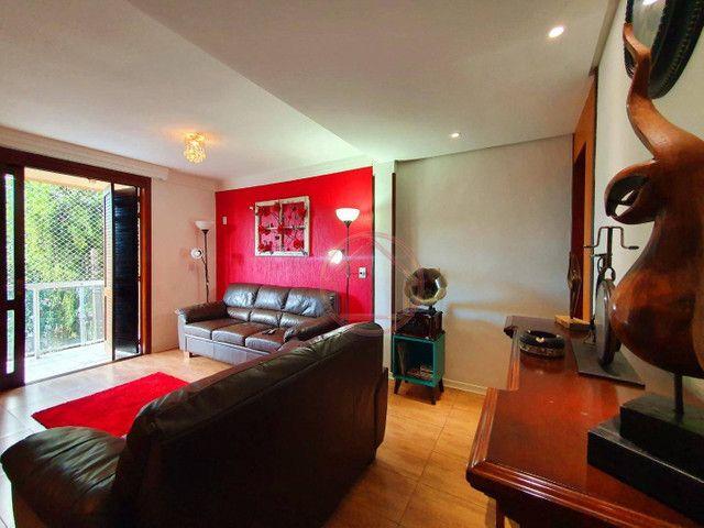 Sobrado com 3 dormitórios à venda, 305 m² por R$ 999.000,00 - Vila Jardim - Porto Alegre/R
