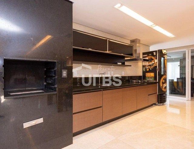Moderno sobrado de luxo no Alphaville Araguaia, com 442 m² e 4 suítes, com lazer completo - Foto 12