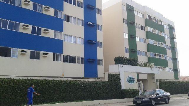 Apartamento com 2/4, medindo 54 MQ, na rua do Shop Farol, e da Honda motos