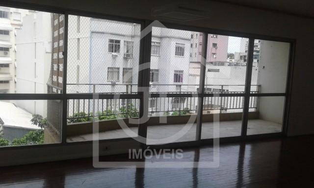 Apartamento - LARANJEIRAS - R$ 3.700,00