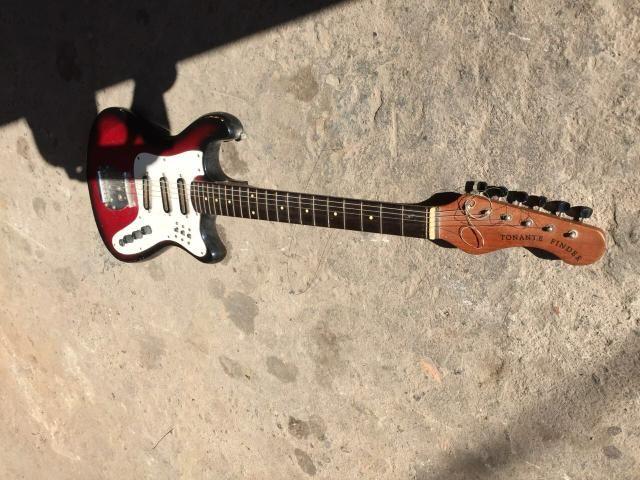 Baixo e guitarra vendo ou troco por celular