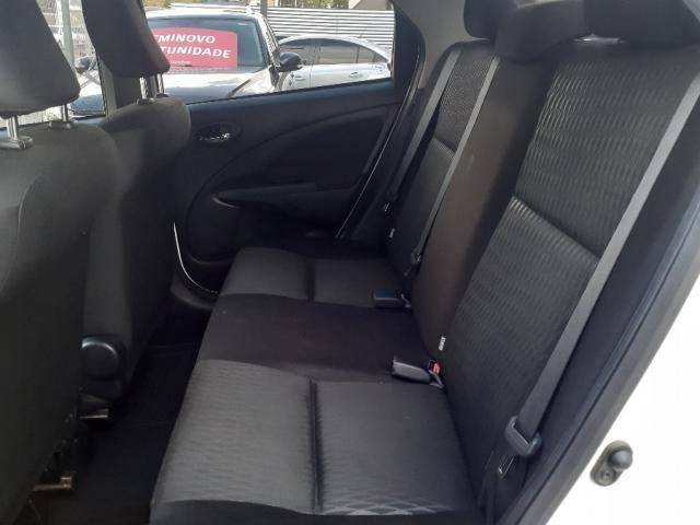 Toyota Etios Sedan 1.5 x 2018 - Foto 8