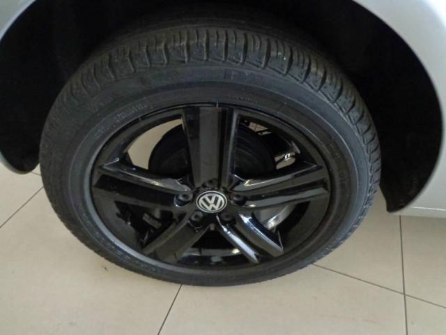 Volkswagen Fox 1.0 TREND GII - Foto 11