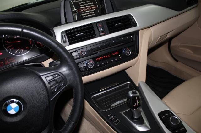 BMW 320I 2013/2014 2.0 16V TURBO GASOLINA 4P AUTOMÁTICO - Foto 11