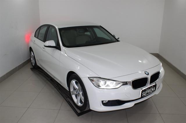 BMW 320I 2013/2014 2.0 16V TURBO GASOLINA 4P AUTOMÁTICO - Foto 4