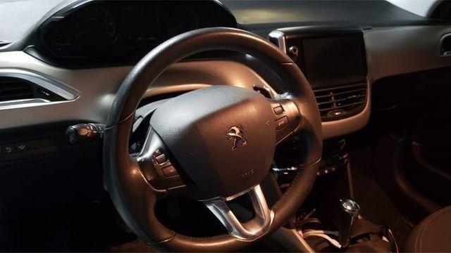 Peugeot 2008 Allure 1.6 automática - Foto 4