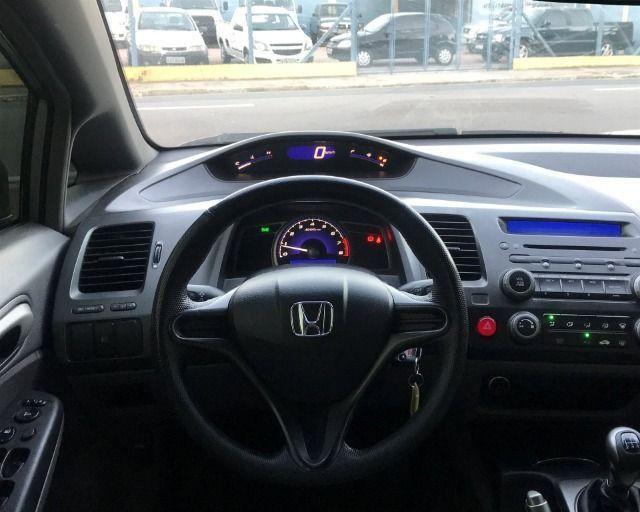 Honda Civic - 2007 1.8 lxs 16v gasolina 4p manual - Foto 13
