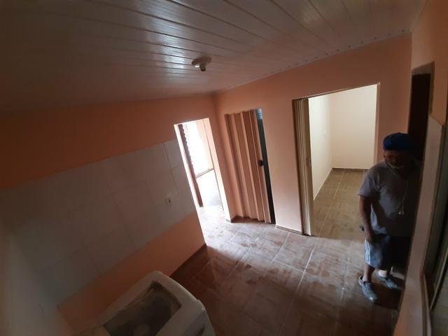 Aluga-se apartamento no pinheirinho
