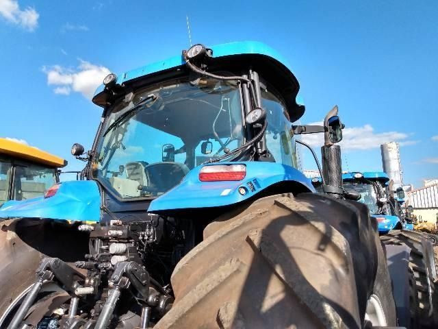 Trator New Holland Série T7 245 Ano 2015