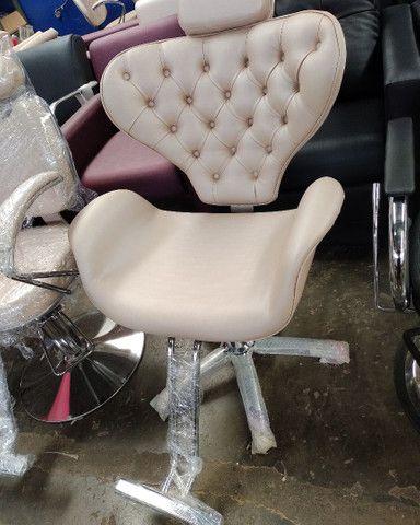 Móveis para salão, cirandinha, mochos, cadeiras, etc... - Foto 2