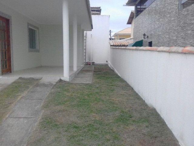 Condomínio Dos Pássaros Cabo Frio 1 suíte e 2 quartos - Foto 2