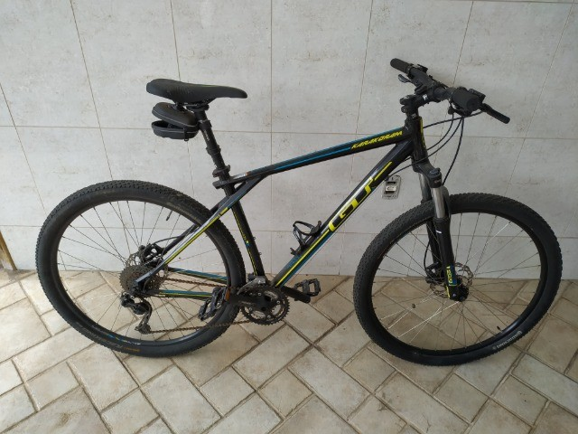 Bicicleta GT Karakoram