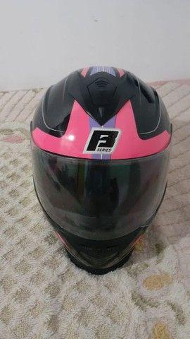 Vende-se capacete feminino