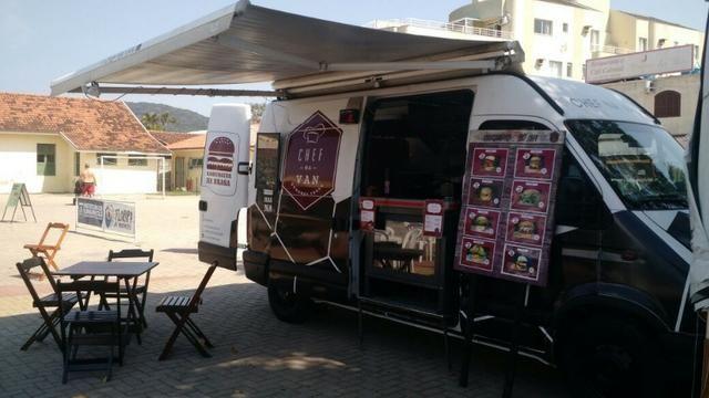 Alugo ou vendo food truck Renault Master altura estendida