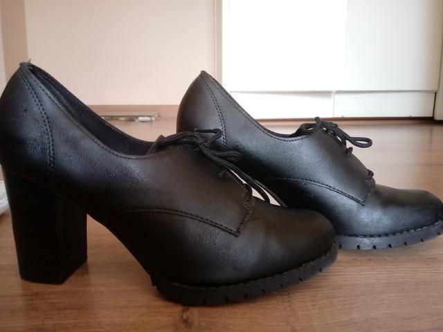 a57aa2bd21 Sapato Salto Beira Rio Num 37 - Roupas e calçados - Centro