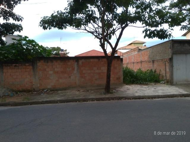 Excelente lote c/ 200 m² Bairro Sapucaias