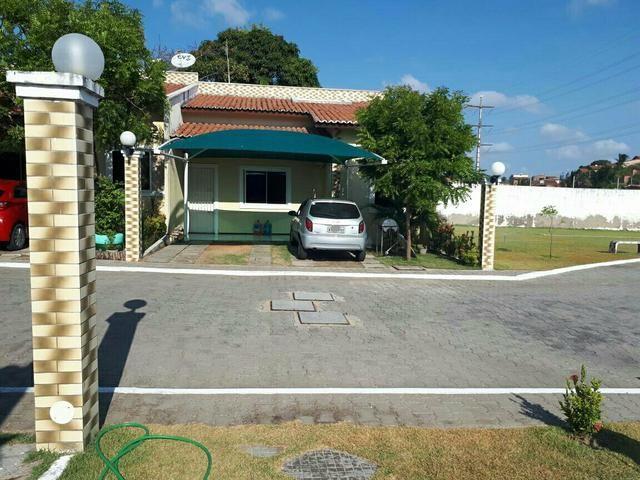 Casa em condominio fechado com piscina