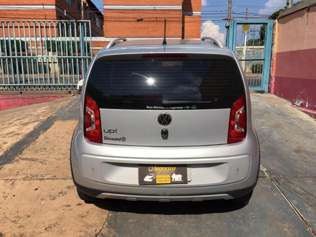 VW Up! Cross 1.0 12v 2015/2016 (Segundo dono com 43.000 km) - Foto 5