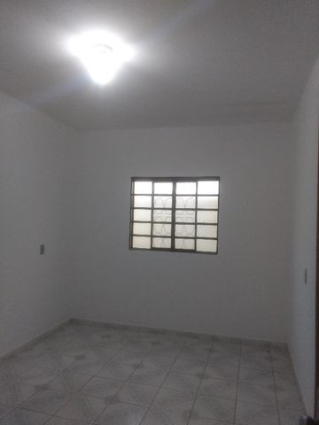 Casa c/2 quartos no Jd. Vila Boa póximo do Bairro Novo Horizonte - Foto 5