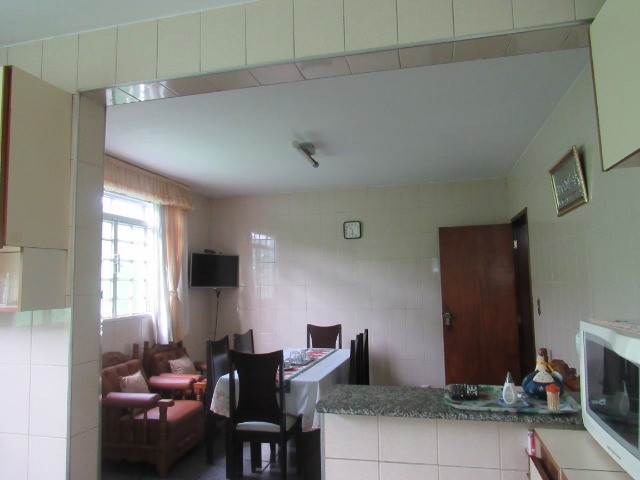 Casa ampla com 03 suítes e com hidro e varandão na QSE 8 - Foto 12