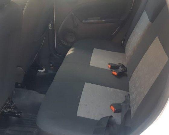 Ford - Fiesta - 1.0 FLEX - 2013 - Foto 4