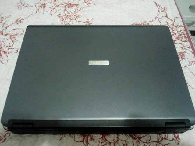Notebook Toshiba Satellite  - Foto 2