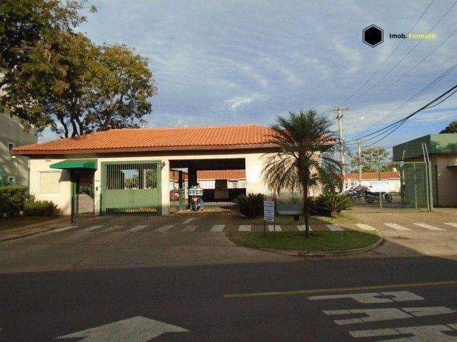 Apartamento com 2 dormitórios para alugar, 55 m² por R$ 1.100,00/mês - Rita Vieira - Campo