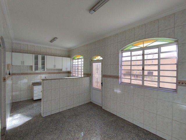 Casa á venda, 04 quartos com suíte, Barreiro/MG - Foto 16