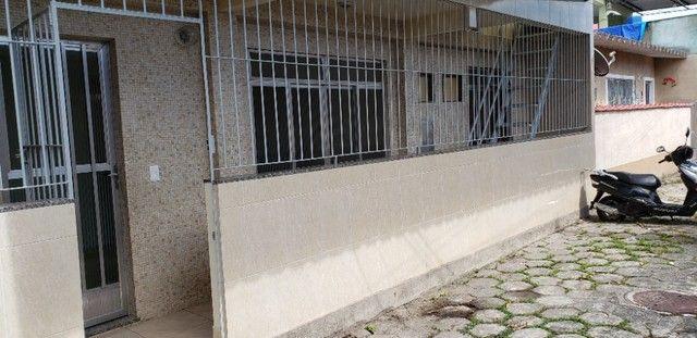 Nilópolis dois quartos na Rua Mario de Araújo