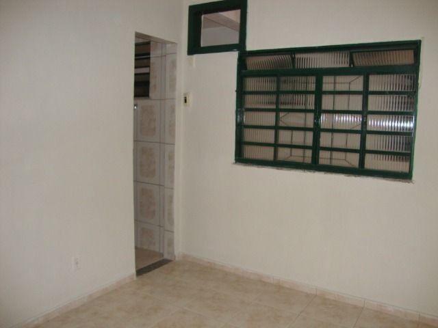 Apartamento sem condomínio no Barreto, 2 quartos, com suíte, 70m² - Foto 4