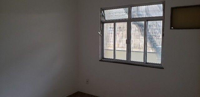 Nilópolis dois quartos na Rua Mario de Araújo - Foto 6