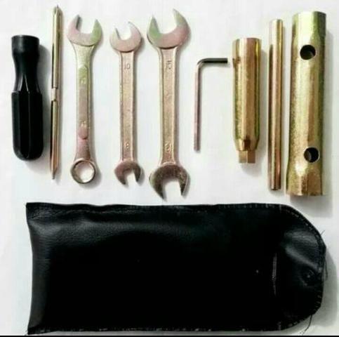 Kit de ferramenta para moto, universal. Novo, na embalagem!