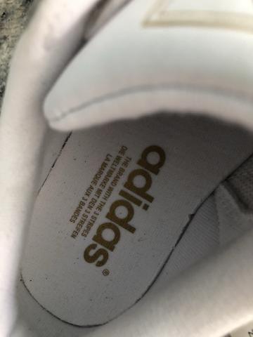 679d7ba981e Tênis Adidas Superstar Originals Branco com Dourado - Roupas e ...
