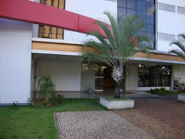 Sala comercial à venda no Ed. Vitória Office Center, andar alto com vista livre. Asa Sul
